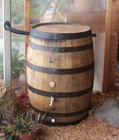 whiskey rain barrels - Decorative Rain Barrels